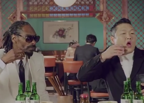 Psy and Snoop drinking alcohol